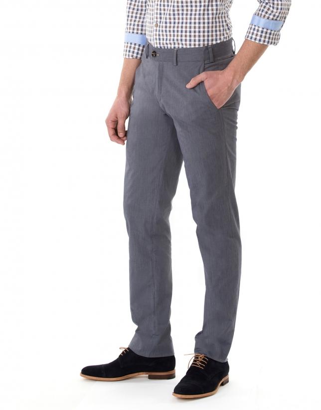 Pantalon ville à microrayures dans les tons bleus