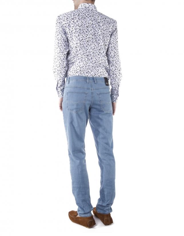 Light blue pre-washed jeans