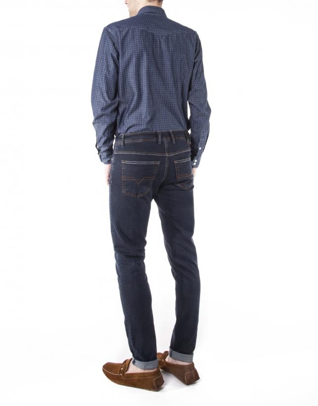 Pantalón jeans azul oscuro