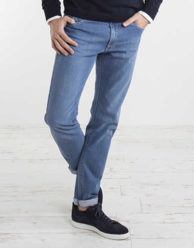 Light blue slim jeans
