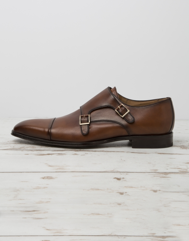 Dress shoes with buckles