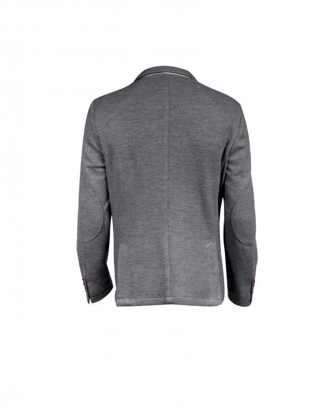 Three pocket updated fit sports jacket
