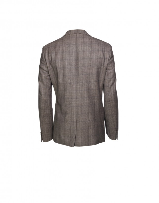 Four pocketed sports jacket