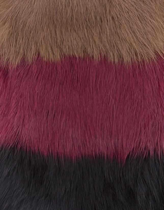 Moufle tricolore en peau de lapin.