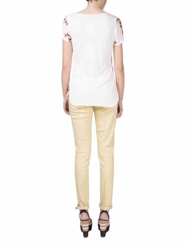 T-shirt à manches courtes à fleurs