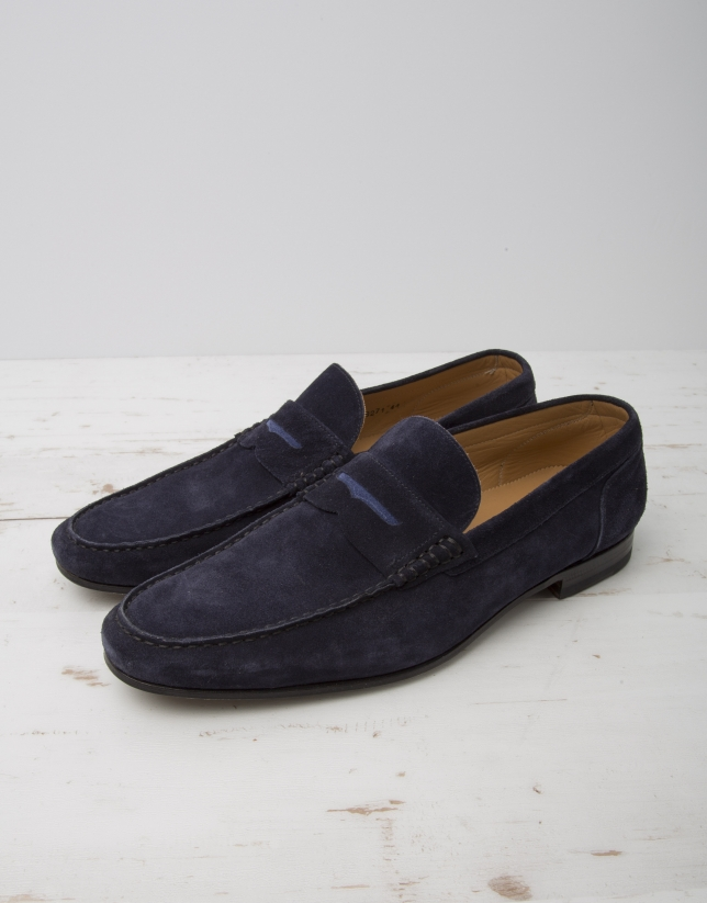 Navy blue moccasin with mask