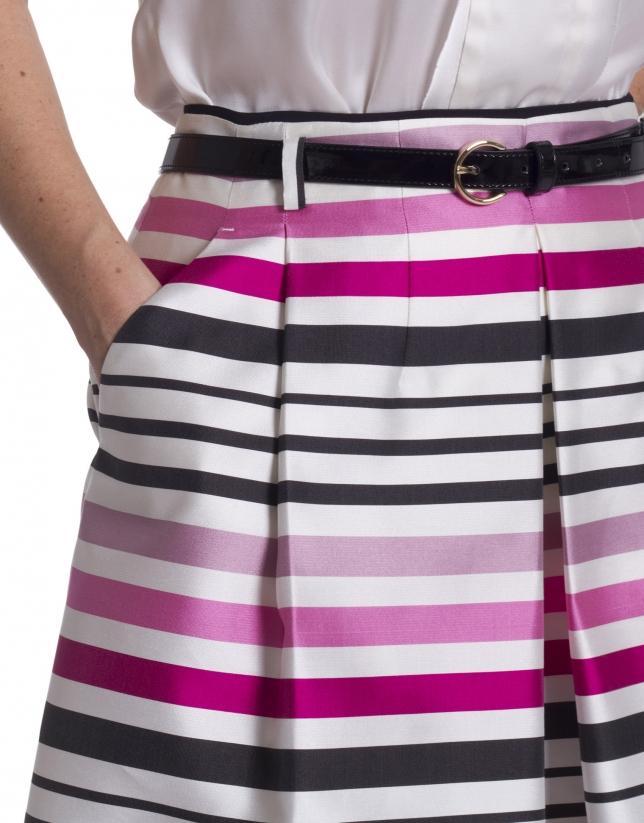 Falda rayas con pliegues