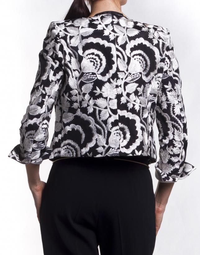 Embroidered short jacket