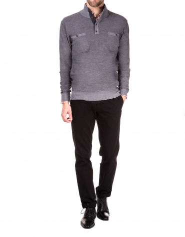 Turtleneck sweater with pockets