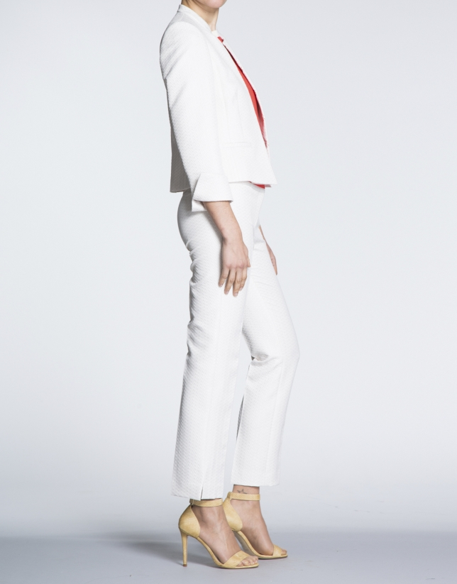 Ivory jacquard short jacket with  Mao collar