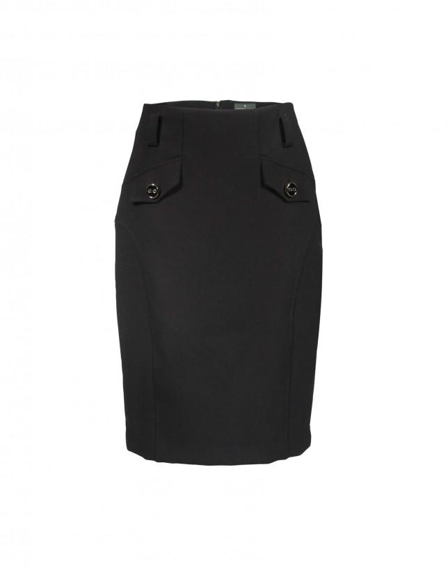 Falda negra bolsillos