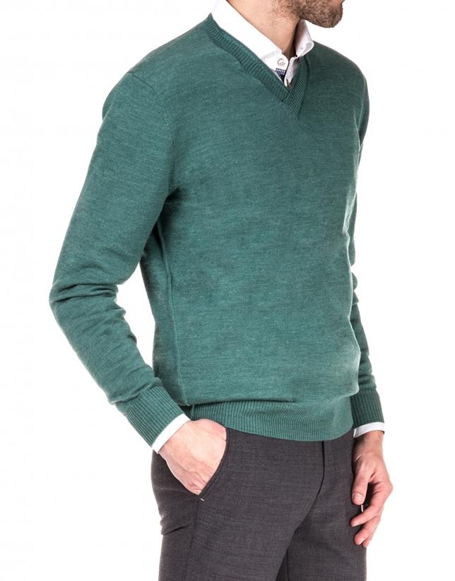 Basic knit sweater