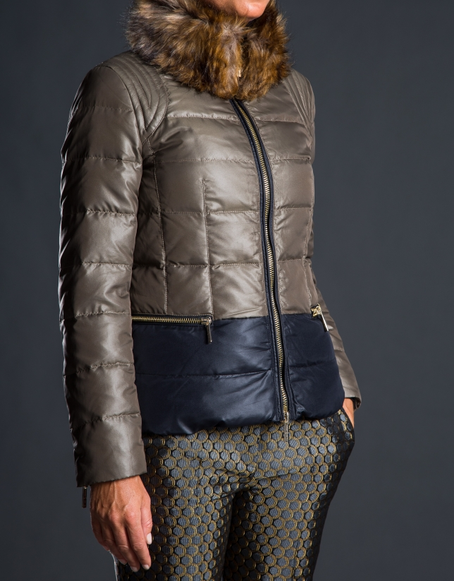 Short ski jacket with fur collar