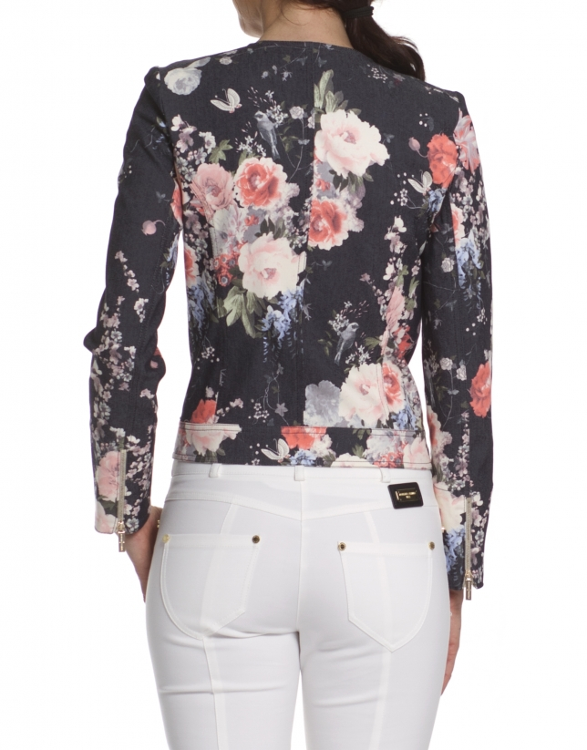 Short jacket printed roses