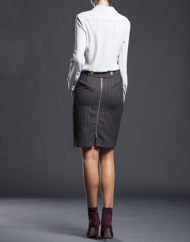 Falda gris recta tapetas