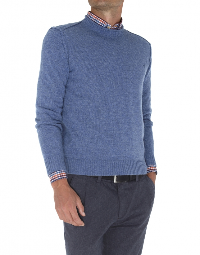 Square neck sweater
