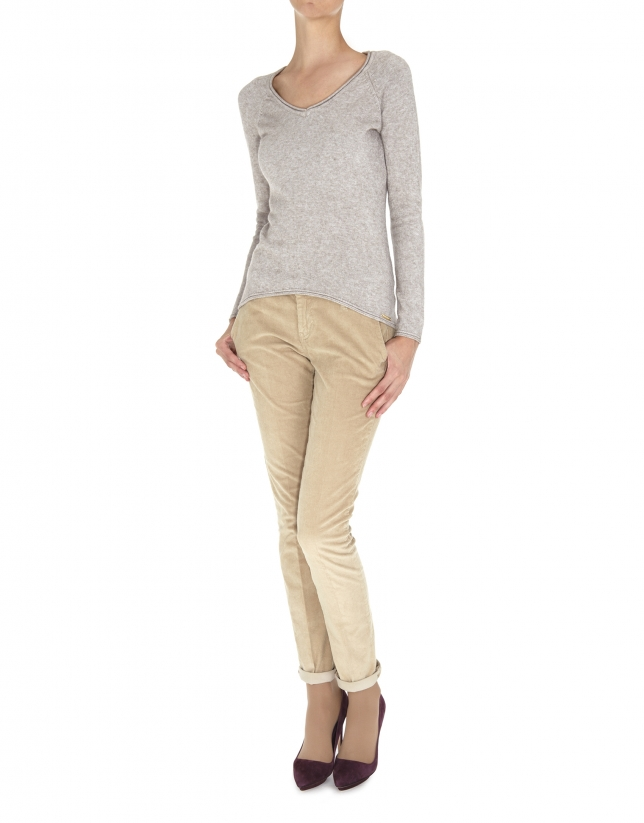 Beige fine knit V neck sweater