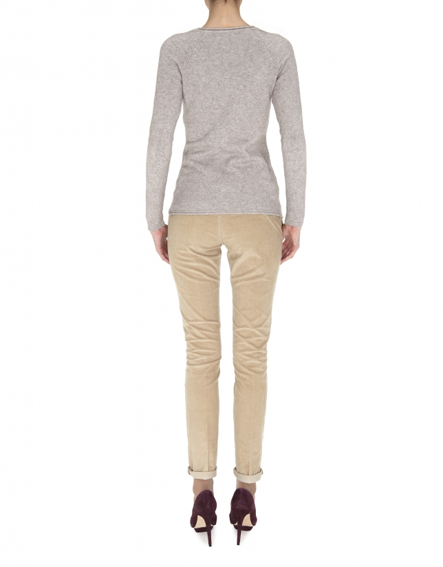 Pull beige, col V, point fin