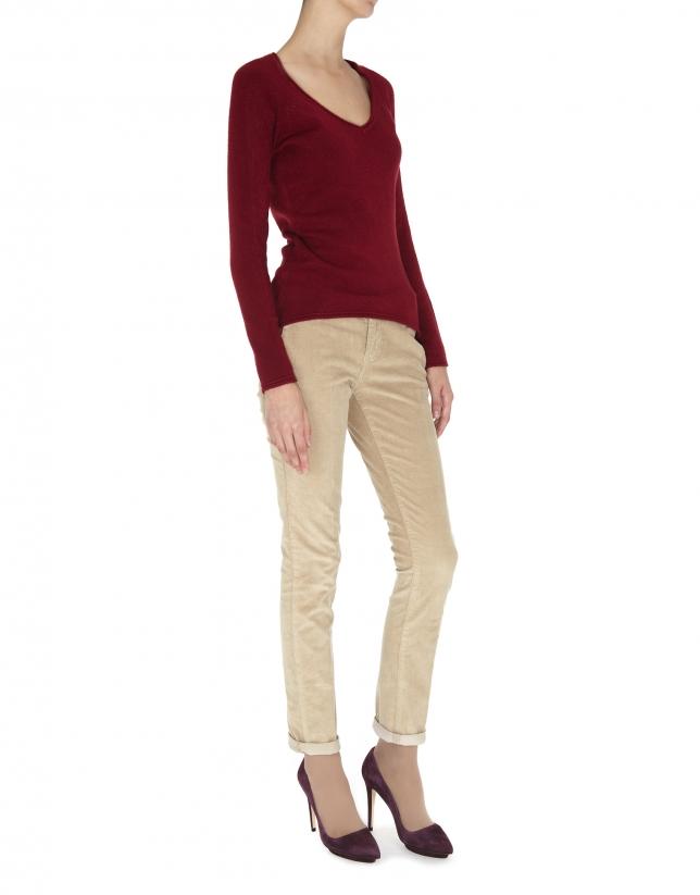 Burgundy fine knit V neck sweater