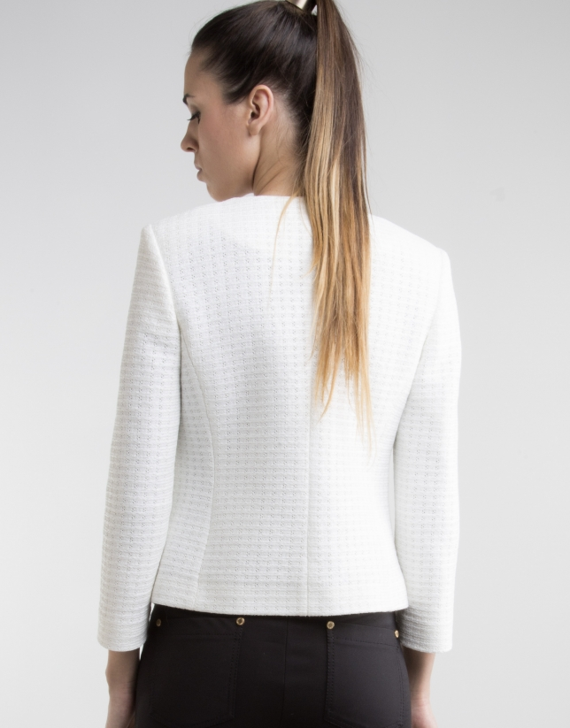 Short off-white jacket with pockets