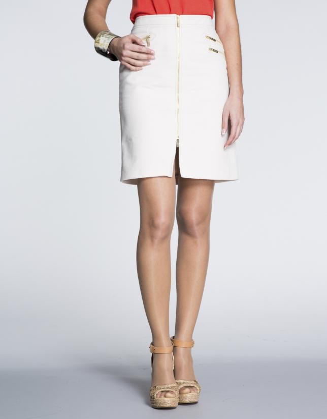 Jupe droite en coton écru ivoire avec fermetures à glissière.