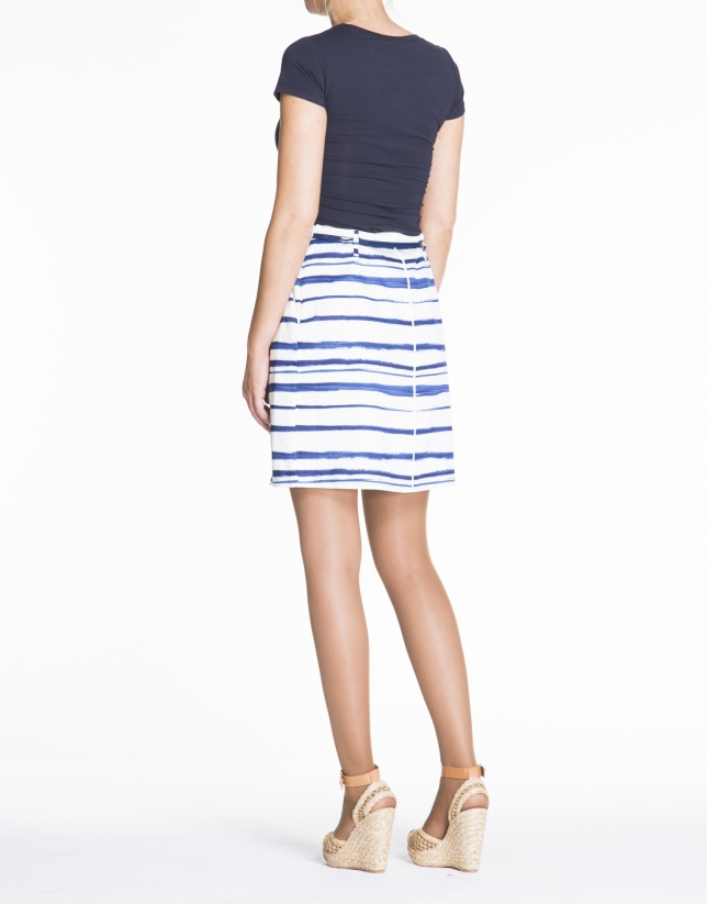 Jupe trapèze, motif bleue.