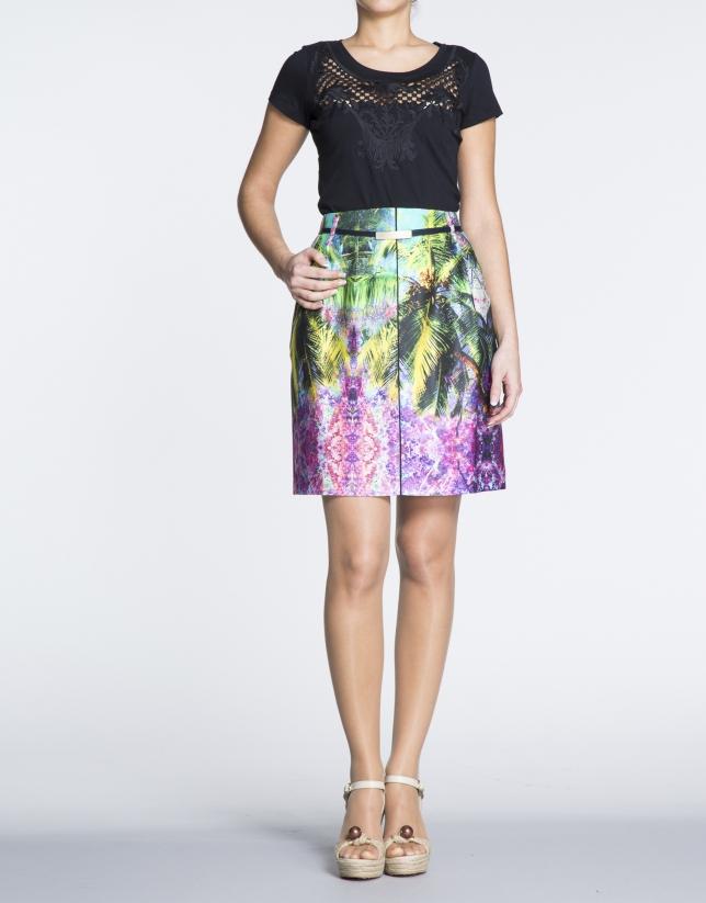 Jupe trapèze, motif tropical.