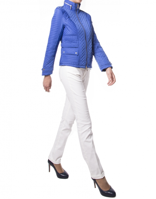 Short quilted blue jacket