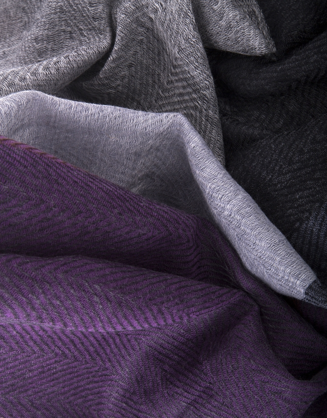 Gray and violet scarf
