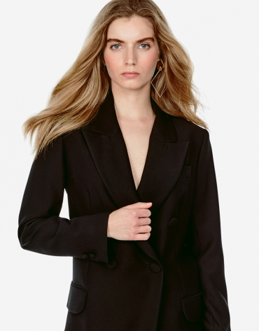 Long black blazer