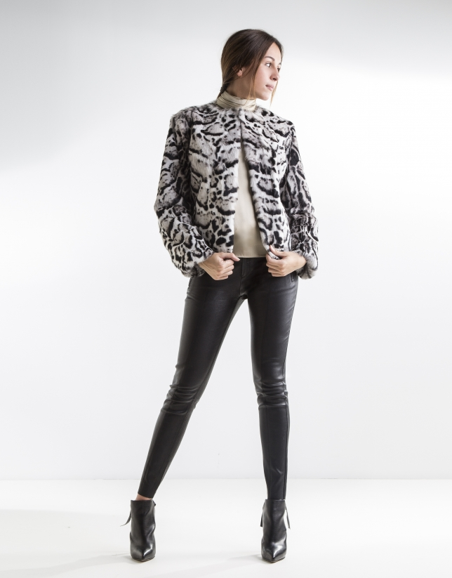 Short animal print rabbit jacket