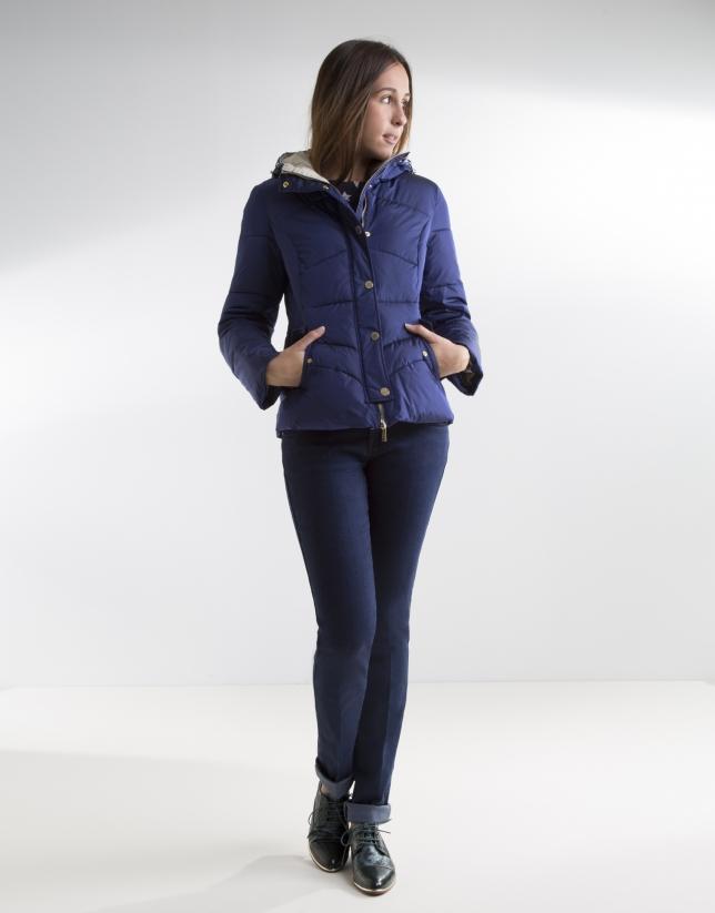 Doudoune courte bleue à capuche