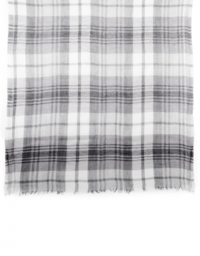 Black and gray checked scarf