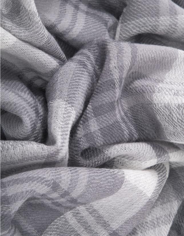 Foulard cuadros gris negros