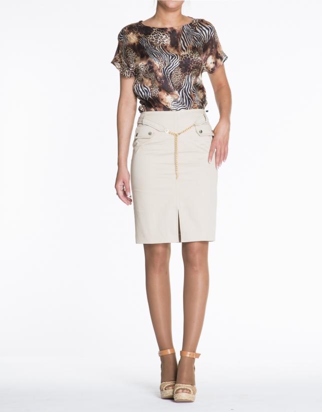 Beige cotton skirt with chain belt