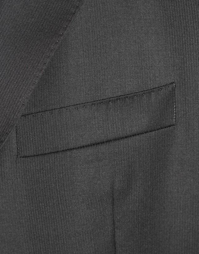 Traje clásico lana canutillo negro