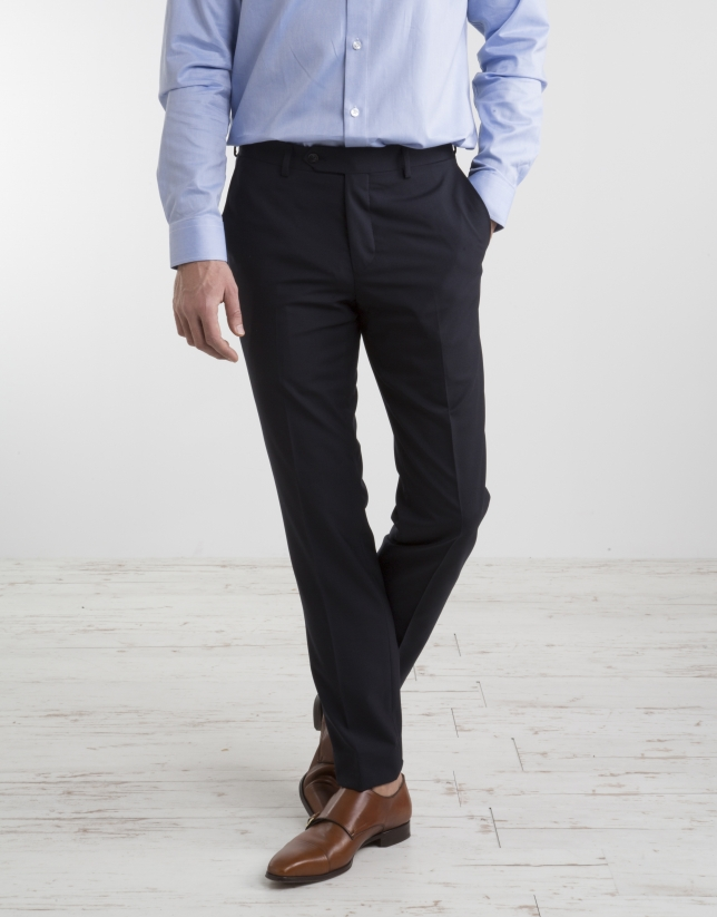 Veste de costume slim fit (coupe ajustée) en laine de printemps bleu marine