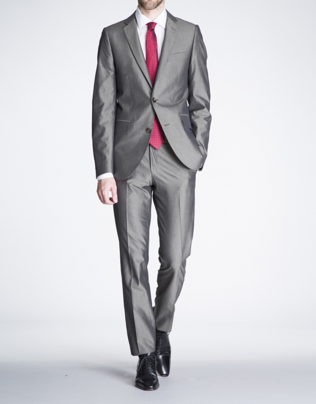 Plain taupe suit