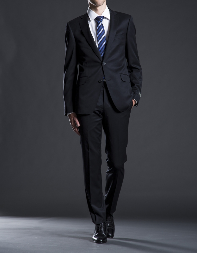 Slim fit,  black twill suit