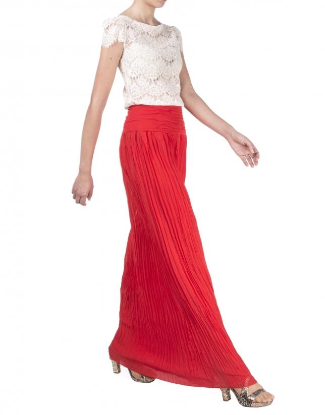 Falda larga plisada roja