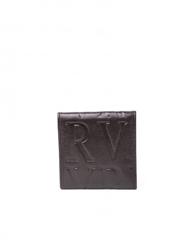 Monedero pequeño marrón piel grabada RV.