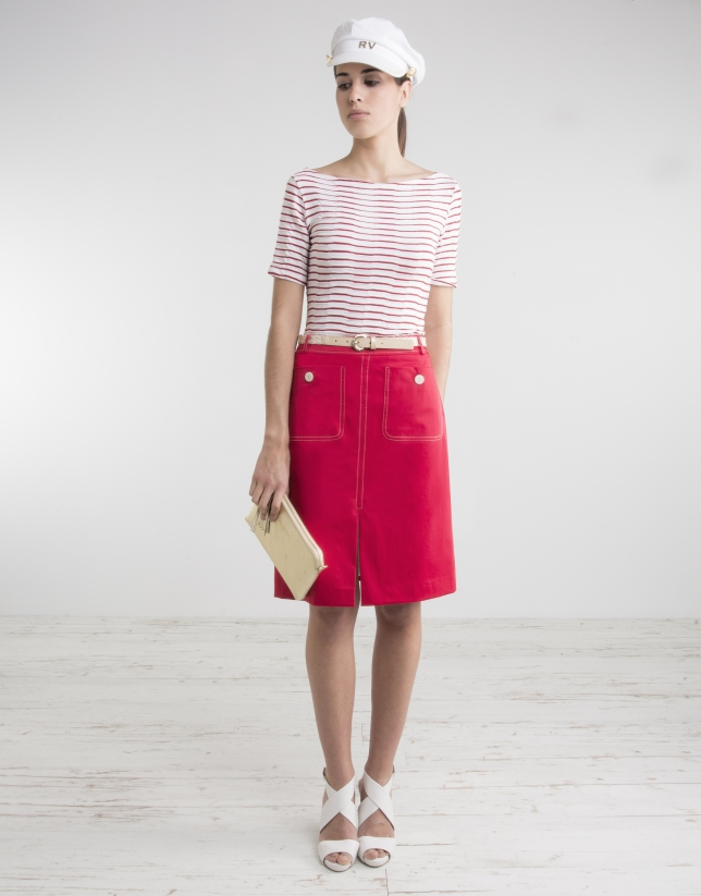 Red straight skirt