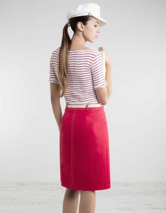 Falda recta roja
