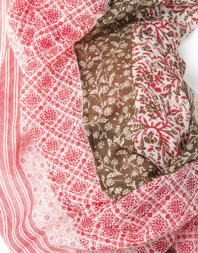 Foulard estampado tonos rojizos