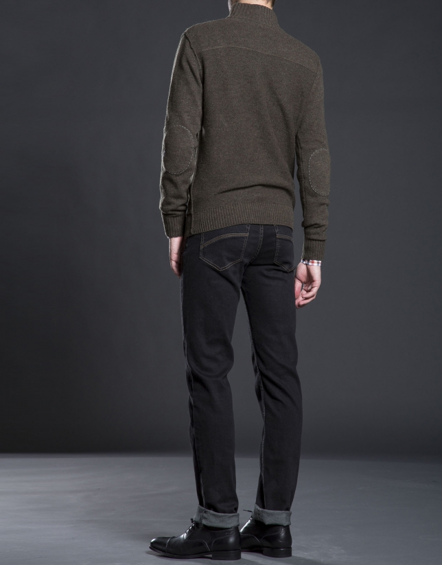 Khaki turtle neck sweater with pockets