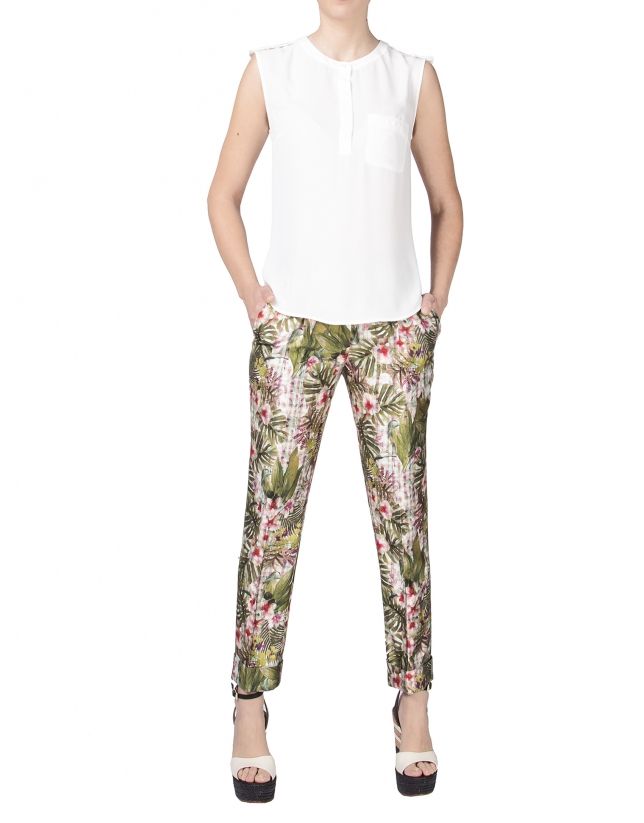 Off white sleeveless chiffon blouse