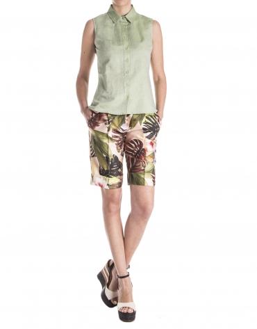Green sleeveless shirt