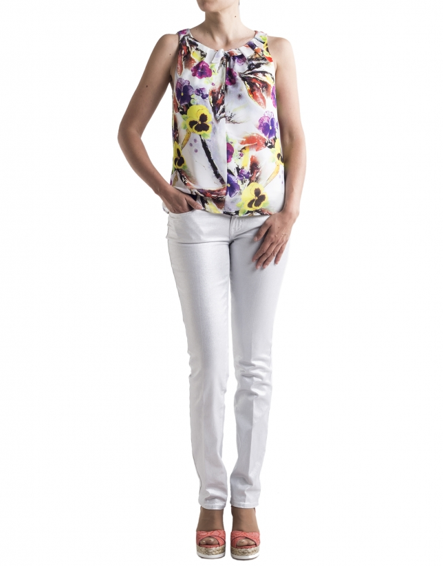 Top estampado floral con lazo