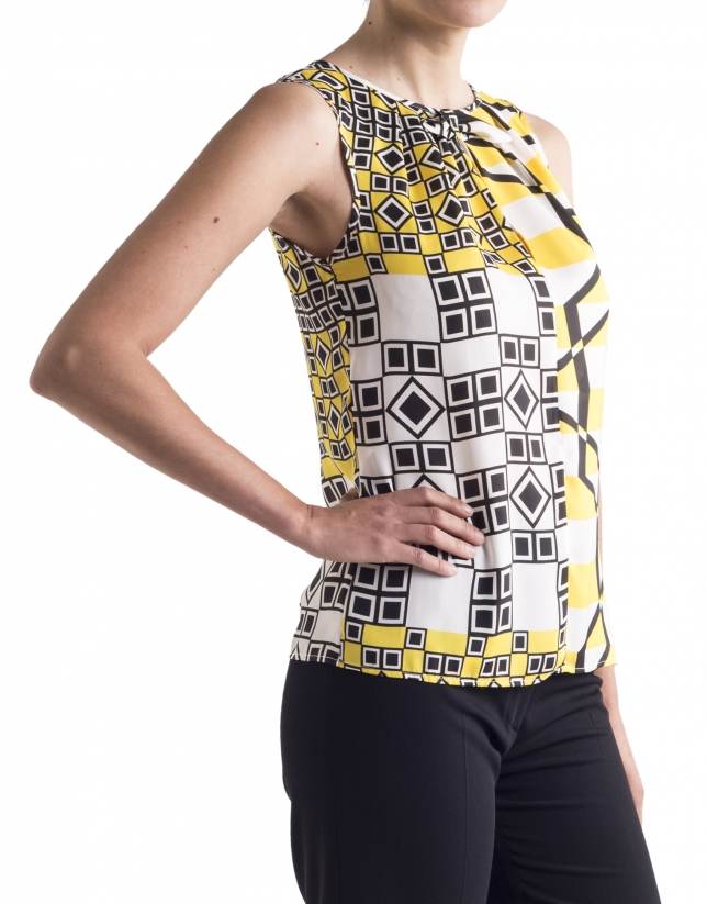 Geometric print top with bow