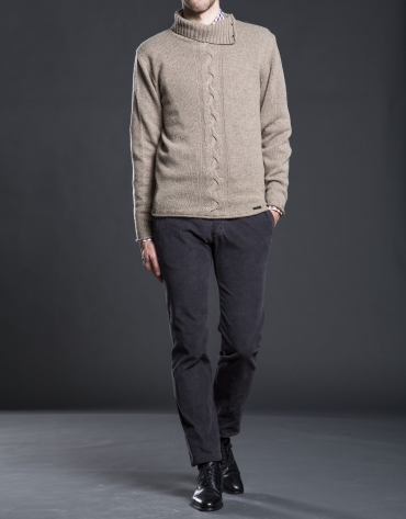 Beige turtle neck sweater with cable-stitching
